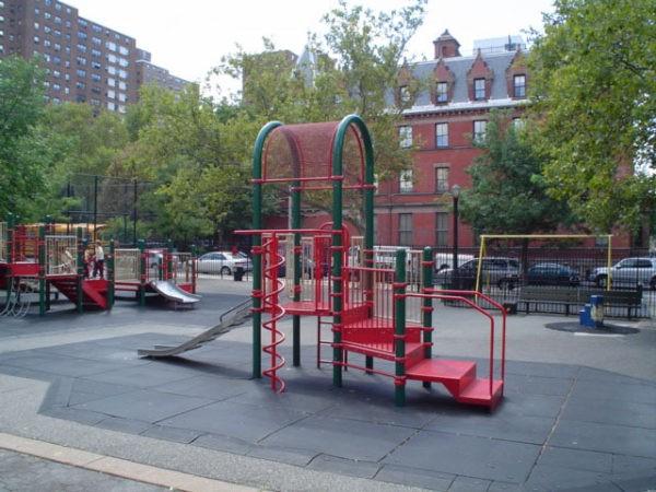 playgrounds 10023