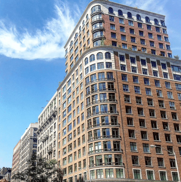 535 شارع ويست إند