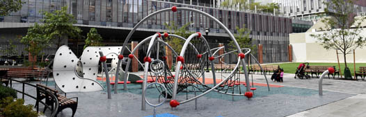 outdoor playgrounds upper west side