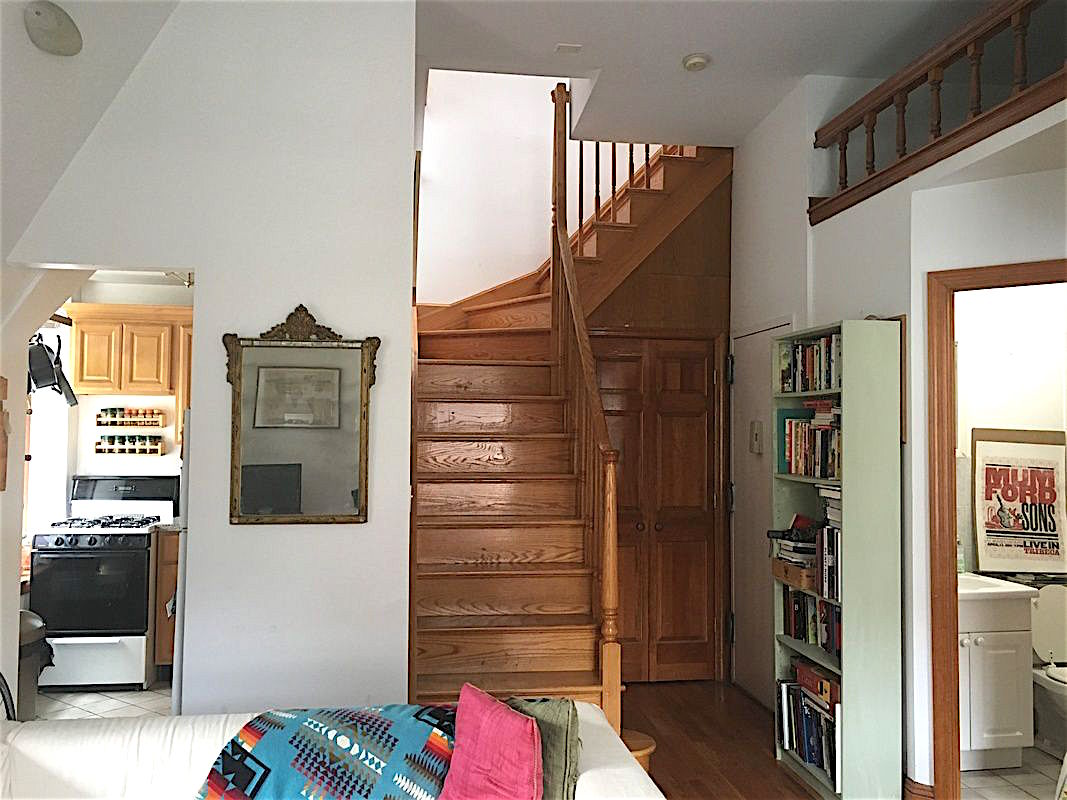 Renting Townhouse Vs Apartment