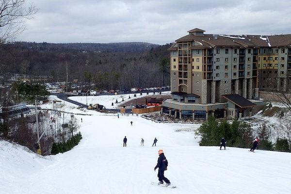 Poconos Skiing