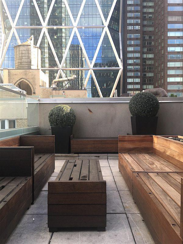 Above 6 Rooftop Bar