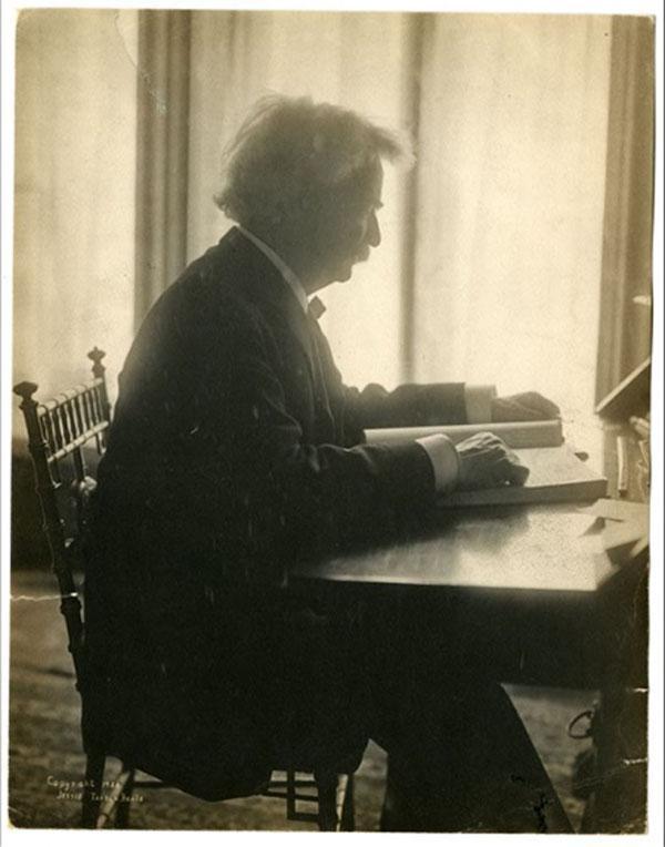 Mark Twain Exhibit NY Historical Society