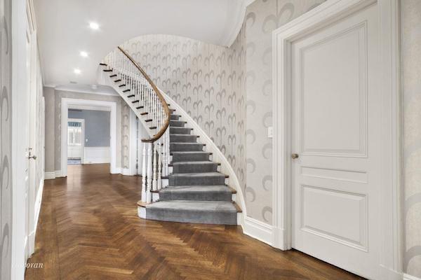 Bob Weinsteins Central Park West Duplex - Stairwell