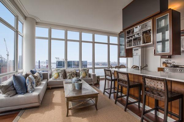 John Olivers Apartment