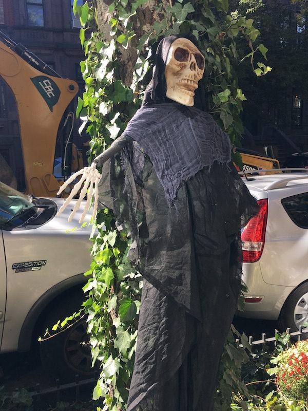 skeleton 87th street