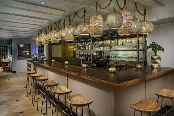 Leyla Bar