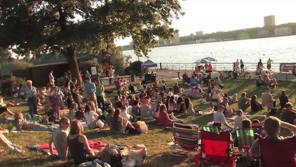 outdoor concert Riverside Park