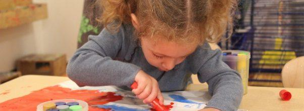Saul and Carole Zabar Nursery School Students Decorate Thanksgiving Bags For Those in Need