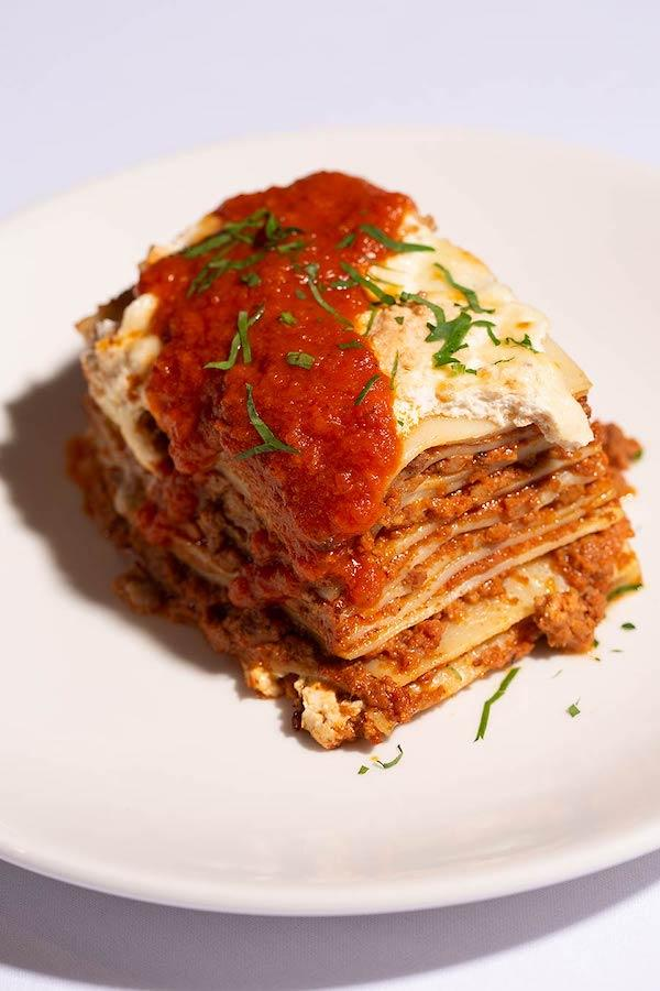 Tavolla Della Nona lasagne