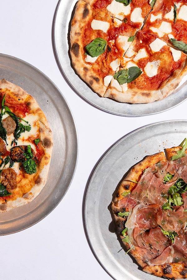 Tavolla Della Nona pizzas