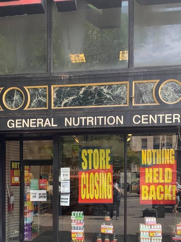 GNC Store Closing