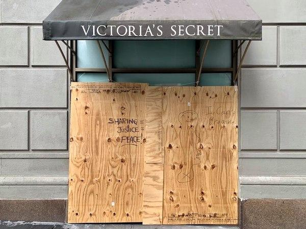 Victoria's Secret Boarded Up