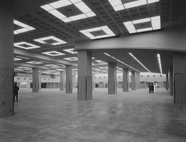 main exhibition hall NY Coliseum