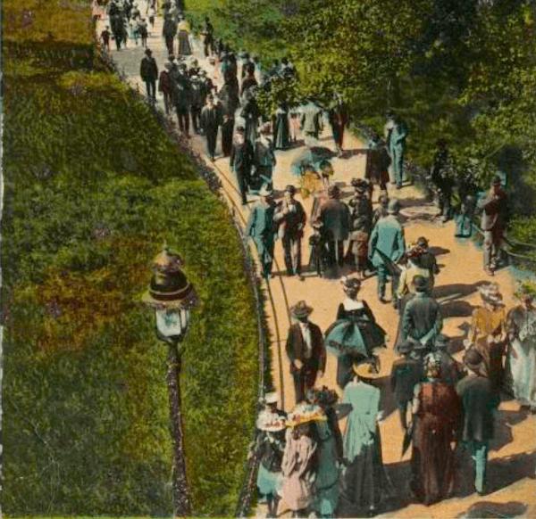 promenade in central park