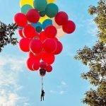 David Blaine will Fly Across the Hudson River with Balloons