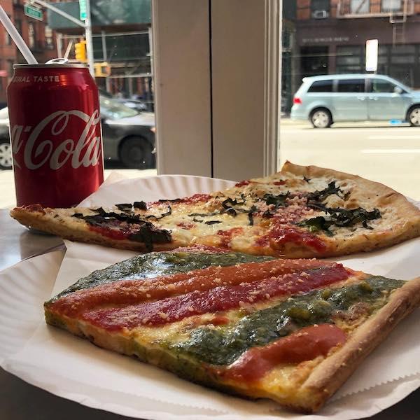 Marinara Pizza top NYC slices