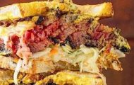 Izzy's BBQ Smokehouse Opens UWS Location