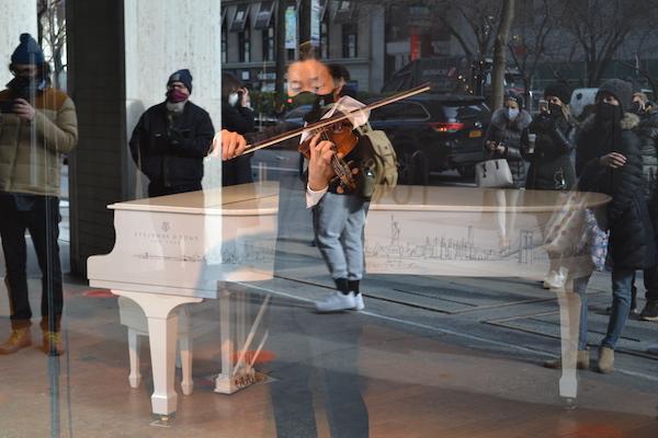 Sean Lee violin