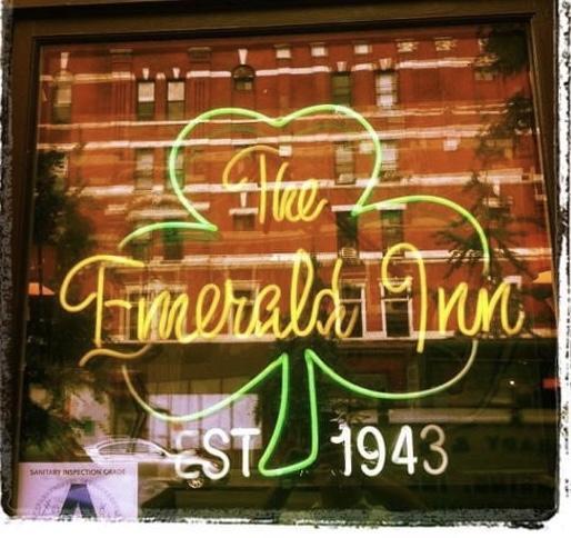 emerald inn signage