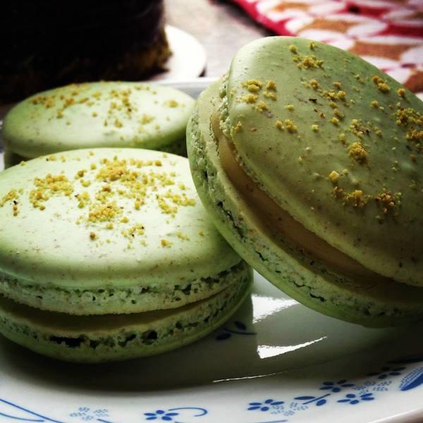 Pistacho Macarons with White Chocolate Pistachio Ganache
