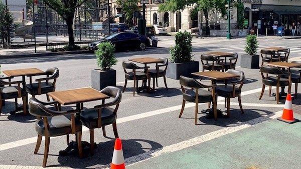 on street dining dangers